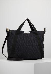 DAY Birger et Mikkelsen - GWENETH TOPAZ CROSS - Shoppingveske - black - 0