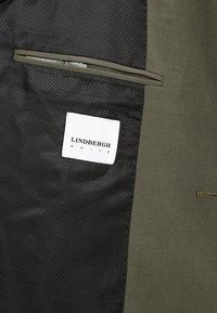 Lindbergh - PLAIN MENS SUIT - Jakkesæt - olive - 10