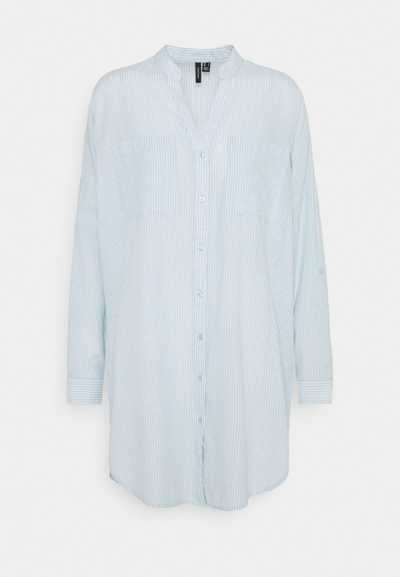 Vero Moda - VMISABELL FOLD UP TUNIC - Blouse - blue fog/snow white