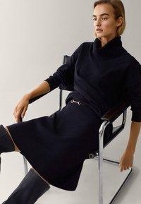 Massimo Dutti - Mini skirt - black - 4