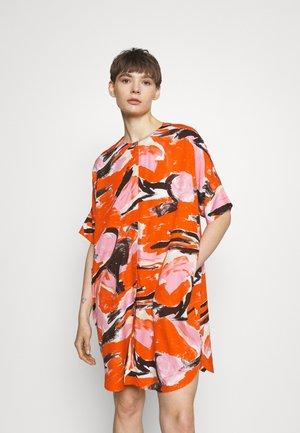 Robe d'été - artyred print