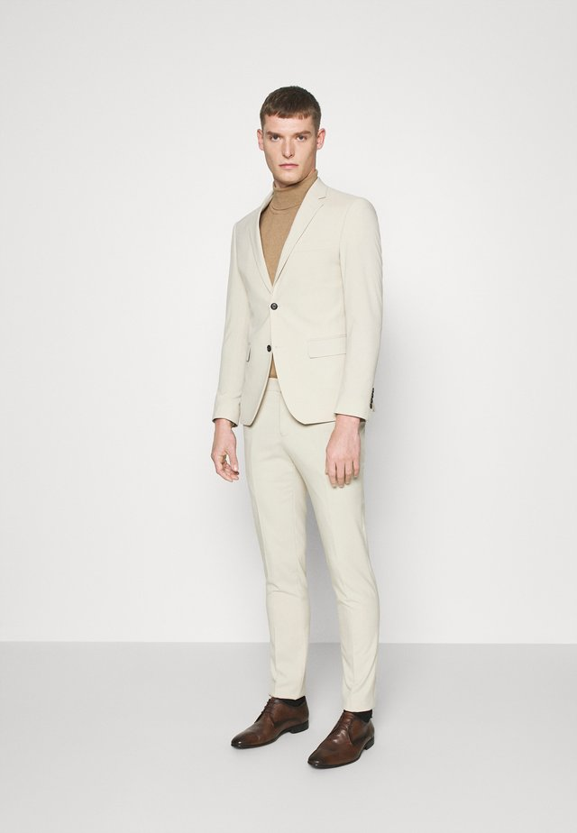 PLAIN MENS SUIT - Kostuum - sand