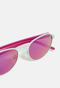 Puma - SUNGLASS KID INJECTION UNISEX - Sunglasses - green/pink - 3