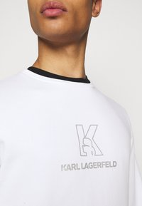 KARL LAGERFELD - CREWNECK - Sweatshirt - white - 5