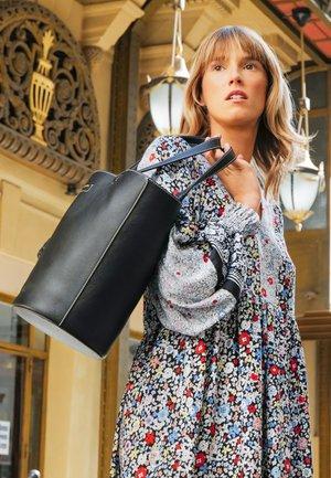 CECILIA Big tote - Handbag - black