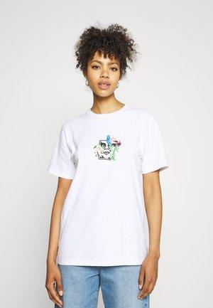 FLOWER BURST - Print T-shirt - white