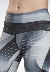 Reebok - RUNNING LUX BOLD LEGGINGS - Leggings - black - 3