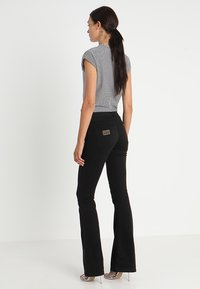 LOIS Jeans - RAVAL LEA SOFT COLOUR - Bukse - black - 2