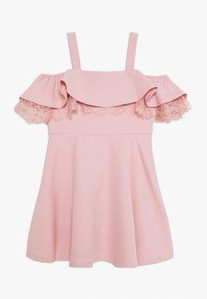 JOSIE FRILL DRESS - Koktejlové šaty/ šaty na párty - blush