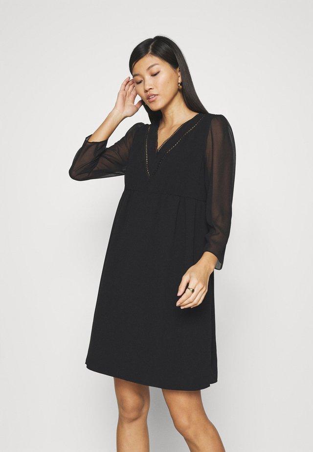LAKEYLI - Day dress - noir