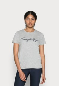 Tommy Hilfiger - HERITAGE CREW NECK GRAPHIC TEE - T-shirt con stampa - light grey heather - 0