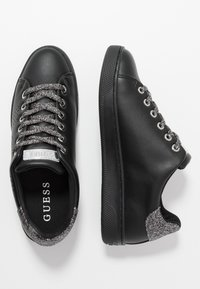 Guess - Trainers - black - 3