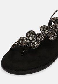 KHARISMA - T-bar sandals - nero - 7