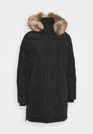 Kabát zprachového peří - black