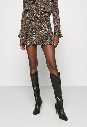 REILLY SKORT - Mini skirt - brown