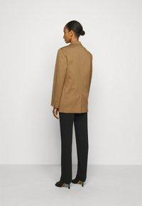 MM6 Maison Margiela - Short coat - camel - 2