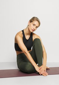 Cotton On Body - ULTIMATE BOOTY FULL LENGTH - Leggings - khaki - 3