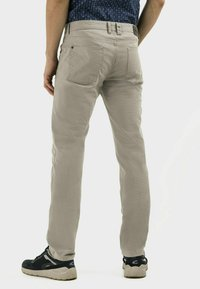 camel active - REGULAR FIT  - Trousers - sand - 2