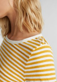 edc by Esprit - Long sleeved top - brass yellow - 3