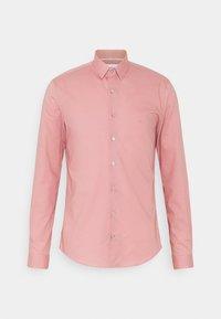 Calvin Klein Tailored - POPLIN STRETCH EXTRA SLIM SHIRT - Formal shirt - blush - 0