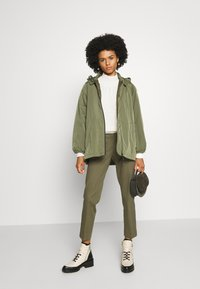WEEKEND MaxMara - LEGENDA - Broek - khaki - 1