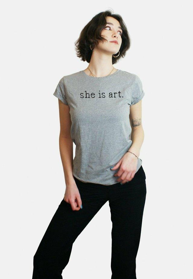 LARGE  - T-shirt print - mottled grey
