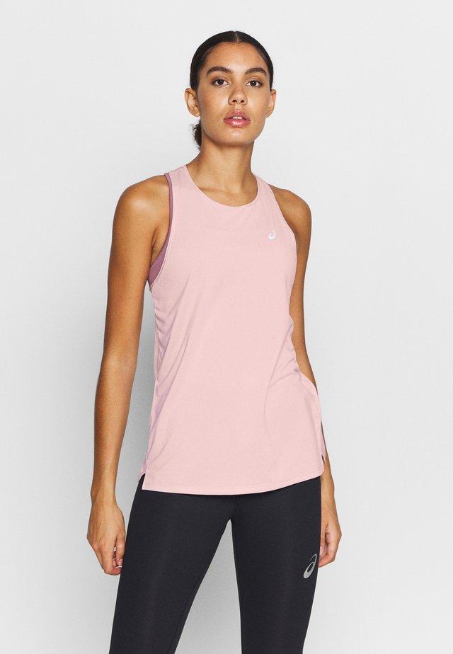 RACE SLEEVELESS - Sports shirt - ginger peach
