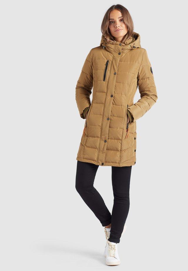 DELINAS - Płaszcz zimowy - helloliv