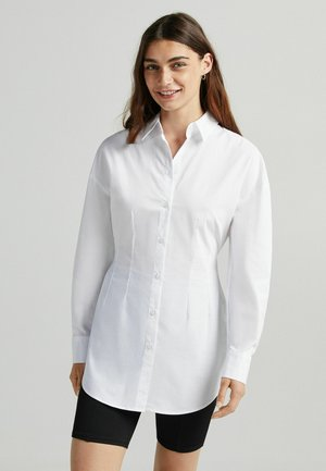 OVERSIZED - Koszula - white