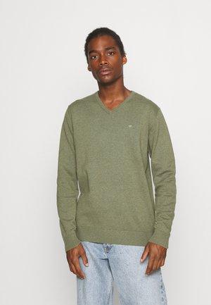 BASIC V NECK - Pullover - bleak green