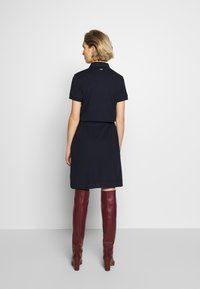 Barbour - BARBOUR PORTSDOWN DRESS - Sukienka koszulowa - navy - 2