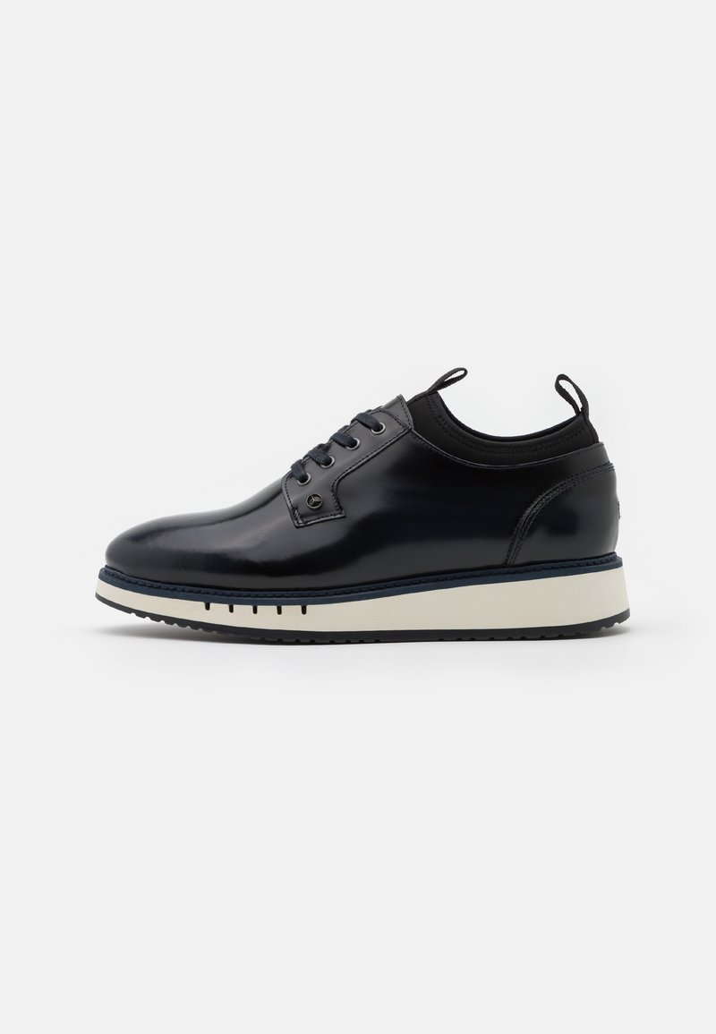 Tommy Hilfiger - LACE UP DERBY - Casual lace-ups - desert sky