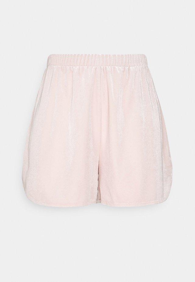 VIVELVETTA - Shorts - peach blush