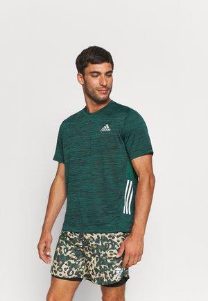 OUTDOOR - T-shirts print - collegiate green