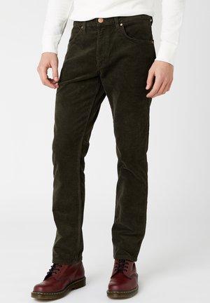 GREENSBORO - Straight leg jeans - militare green
