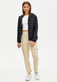 PULL&BEAR - Winter jacket - black - 1