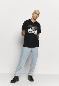Night Addict - MECH - T-shirts print - black - 1