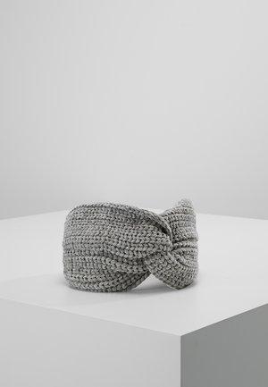 Čelenka - grey