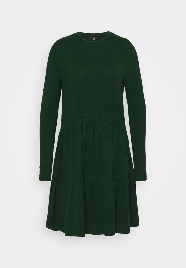 VMJAVA PEPLUM DRESS - Jersey dress - pine grove