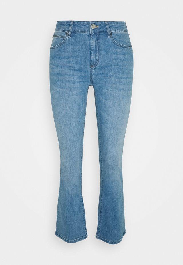 JOHANNA - Široké džíny - denim blue