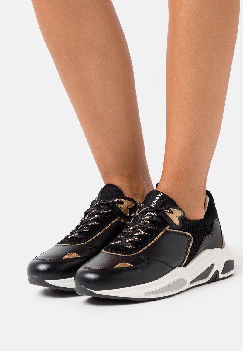 Fabienne Chapot - PEGGY - Sneakers laag - black