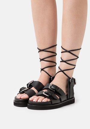 AVEC LACETS - Sandalen met plateauzool - black