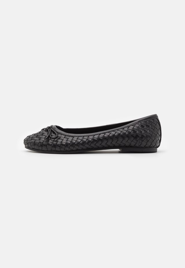 PEGGY WEAVE - Ballet pumps - black