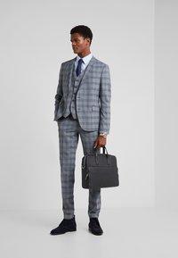 DRYKORN - MALMO - Suit waistcoat - dark grey - 1