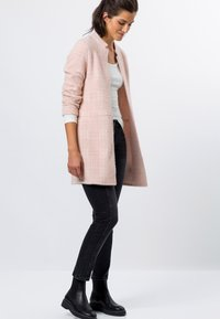 zero - Short coat - misty rose - 1