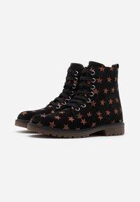 clic! - Šněrovací kotníkové boty - bronce - 1