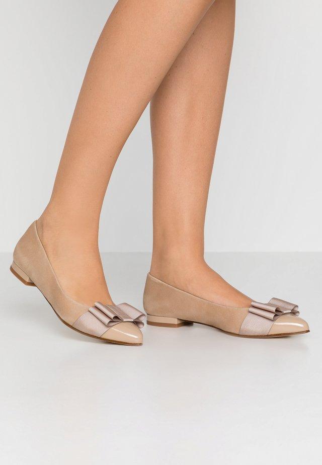 PARKER - Ballerinaskor - sumatra