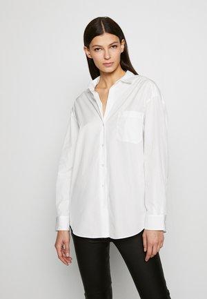 FERRARA - Košile - white