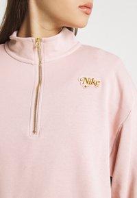 Nike Sportswear - FEMME - Sweater - pink oxford/metallic gold - 4