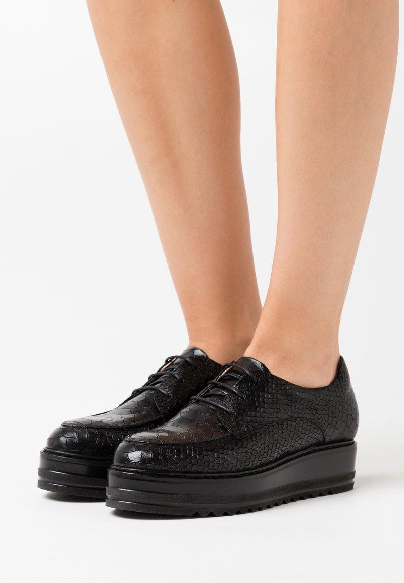 San Marina - MALICE - Šněrovací boty - noir